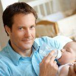 Naissance : les pères seront protégés