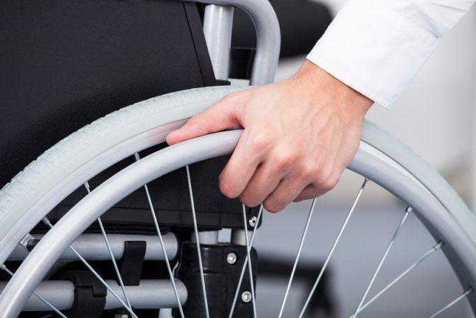Accès aux handicapés : allongement des délais