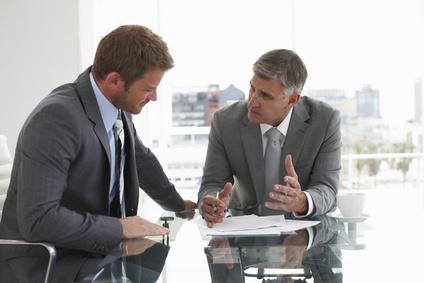 Dénonciation d'un usage lié à l'ancienneté : tous les salariés doivent être informés !