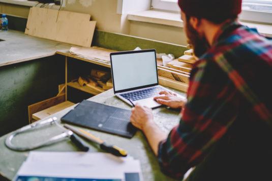 Moins de la moitié des TPE/PME estiment qu'être sur internet est utile à leur activité