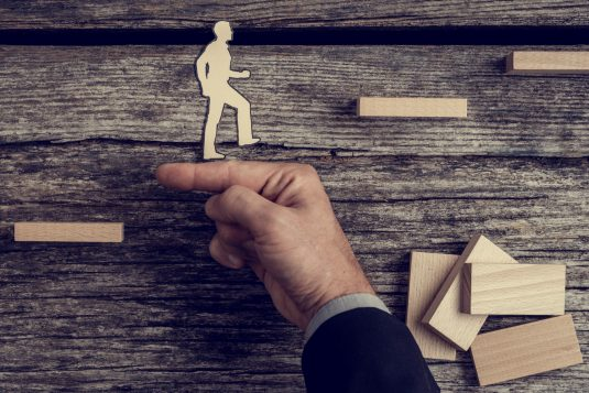 Covid-19 : le ministère du Travail renforce l'aide au conseil RH destinée aux TPE/PME