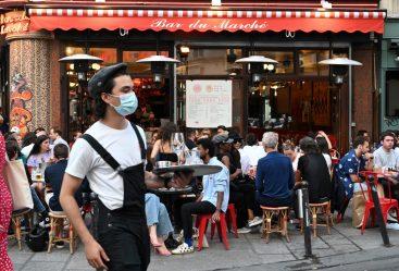 Hôtels, cafés, restaurants : les 10 mesures prioritaires du protocole sanitaire HCR